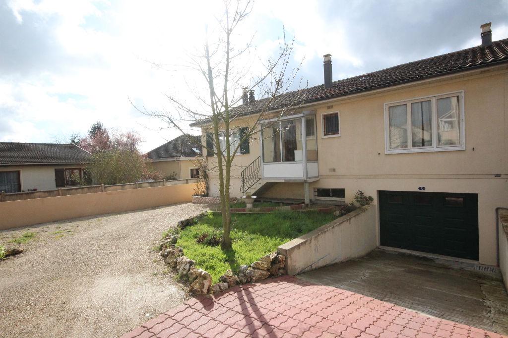 photos n°1 Maison plain-pied Courdimanche Village