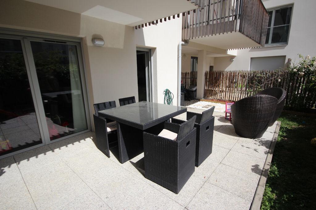 Appartement Cergy 3 pièces Jardin/terrasse