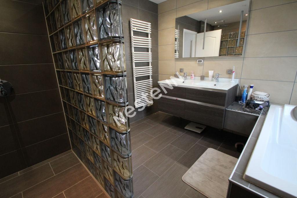 Maison Jambville 6 pièce(s) 159 m2