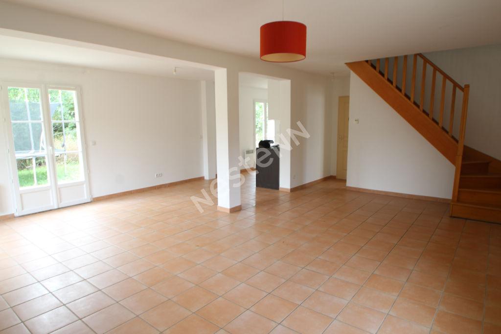 Maison Buhy 6 pièce(s) 112.25 m2