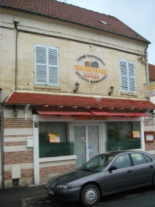 CAFE-HOTEL-RESTAURANT MONTATAIRE - 112,69 m2