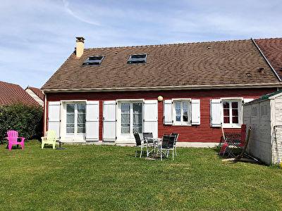 Maison Sainte Genevieve, 6 pieces, 109 m2, 4 chambres, 400m2 de jardin
