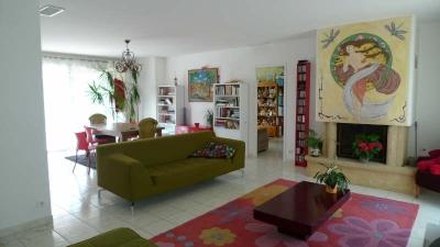MAISON CORBARIEU - 5 pieces - 134 m2