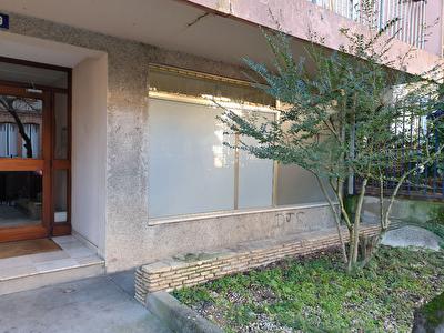 A vendre en centre ville de Montauban Local d'env 80 m2