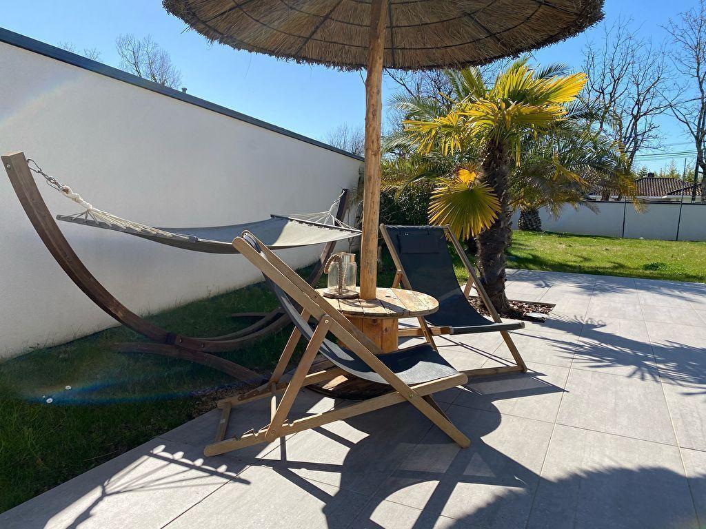 Maison hyper contemporaine MONTAUBAN ST MARTIAL 4 chambres, piscine, garage