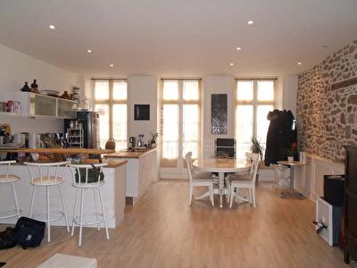 A Louer Appartement T3 DINAN, CENTRE HISTORIQUE
