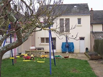 MAISON DE BOURG SAINT BARTHELEMY D'ANJOU - 4 pieces - 95 m2