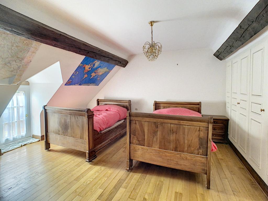 Belle longère 3/4 chambre 141m² à MOSNES