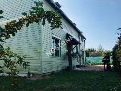 Maison Amboise 5 pieces 107 m2