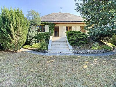 Maison Amboise 5 pieces 99 m2