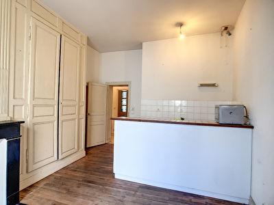 Appartement T2 avec ascenseur hypercentre Saumur