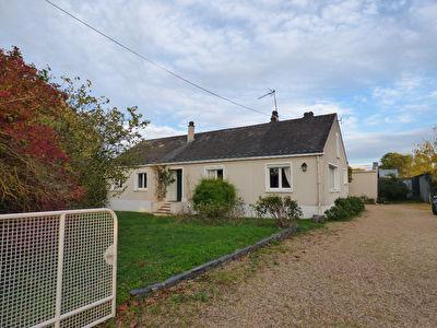 Maison de plain-pied de 1950 - 5 minutes Nord Saumur - 4 chambres