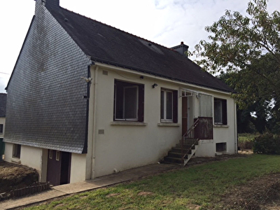 Maison a vendre avec 4 765 M2 de terrain