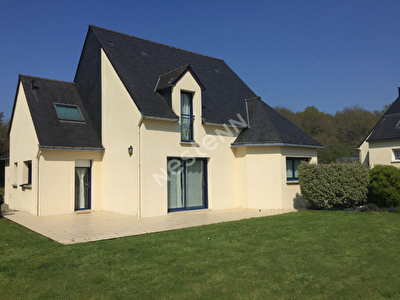 Maison a vendre Locmine  - 4 chambres  avec 1 600 M2 de terrain