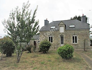 Maison en pierres a vendre Buleon avec plus de 1 hectare de terrain