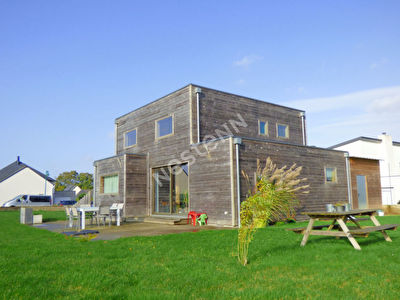 MOREAC- Maison contemporaine a vendre 3 chambres