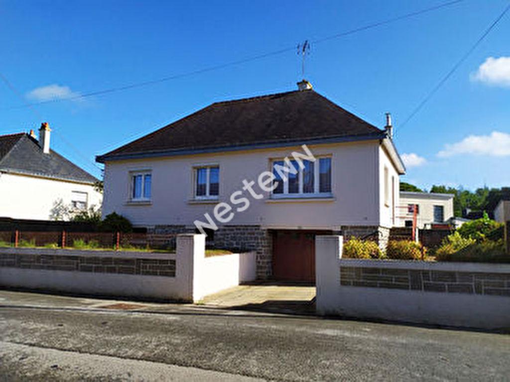 Maison de Bourg a vendre Naizin - 3 chambres