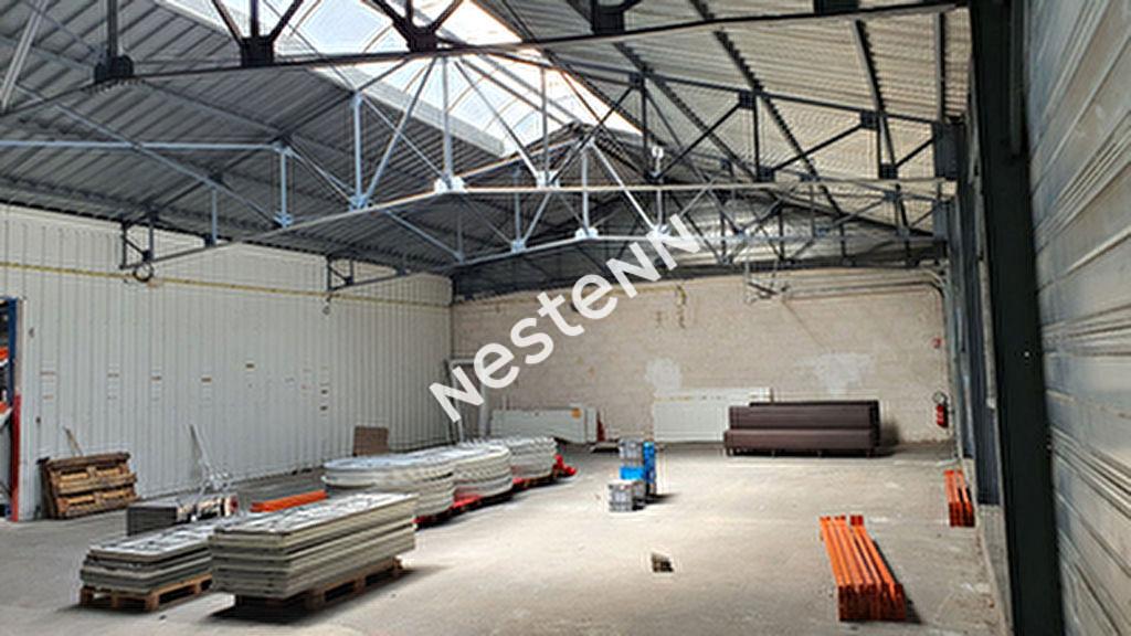LOCMINE  Entrepot d'environ 200 m2