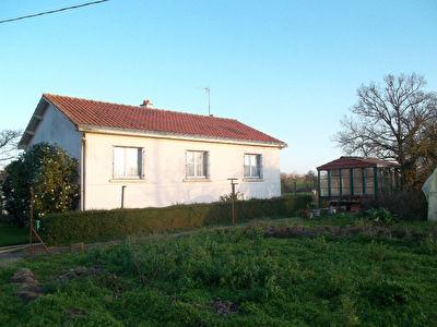 Maison Montreverd 4 pieces 80 m2