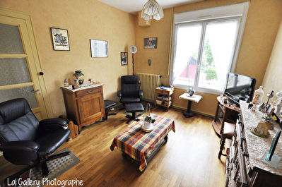 Maison Bruz 4 pieces environ 62 m2 avec garage et cave - Terrain 425m2
