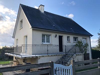 Maison Chateaugiron 6 pieces 135.84m2