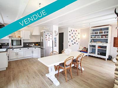 Maison 5 pieces environ 95 m2 - Proximite immediate des commerces -  LAILLE - Terrain 88 m2
