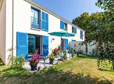 Maison Chartres De Bretagne 5 pieces 94 m2 - terrain 310 m2 - impasse - proche du centre et des transports