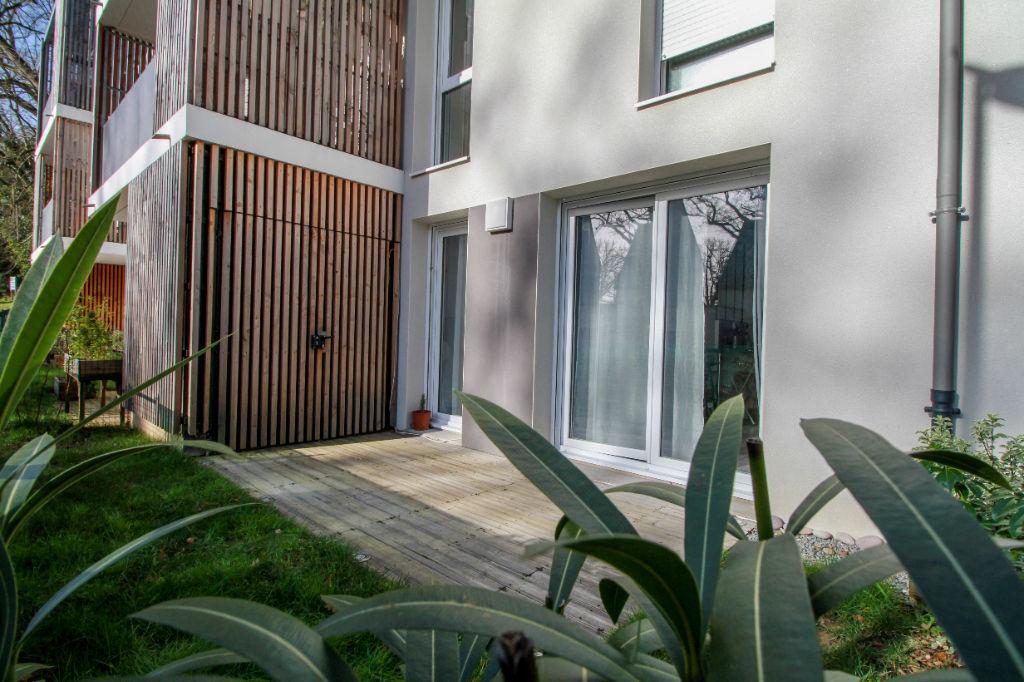 Rez-de-jardin Chavagne 4 pièce(s) 76 m2