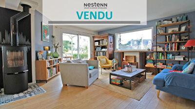 Maison contemporaine Guichen 6 pieces  145 m2 - Centre ville - Terrain 750m2  Sud Ouest