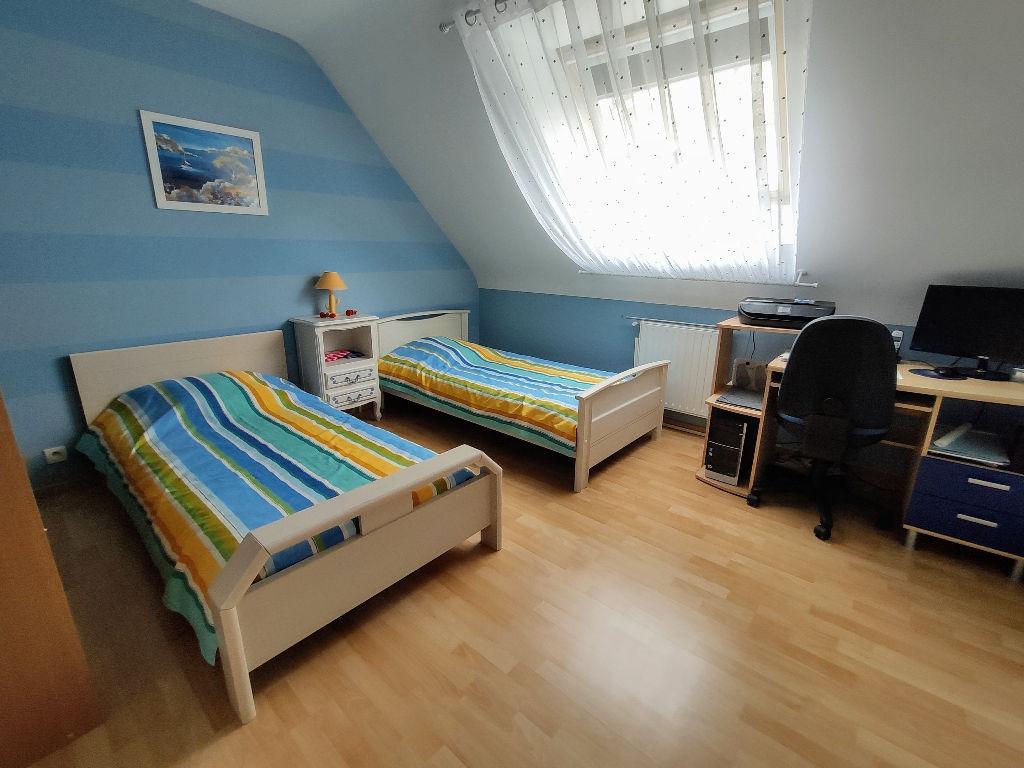 Maison Noyal Chatillon Sur Seiche 5 pièce(s) 130 m2 - 1120 m2 terrain -