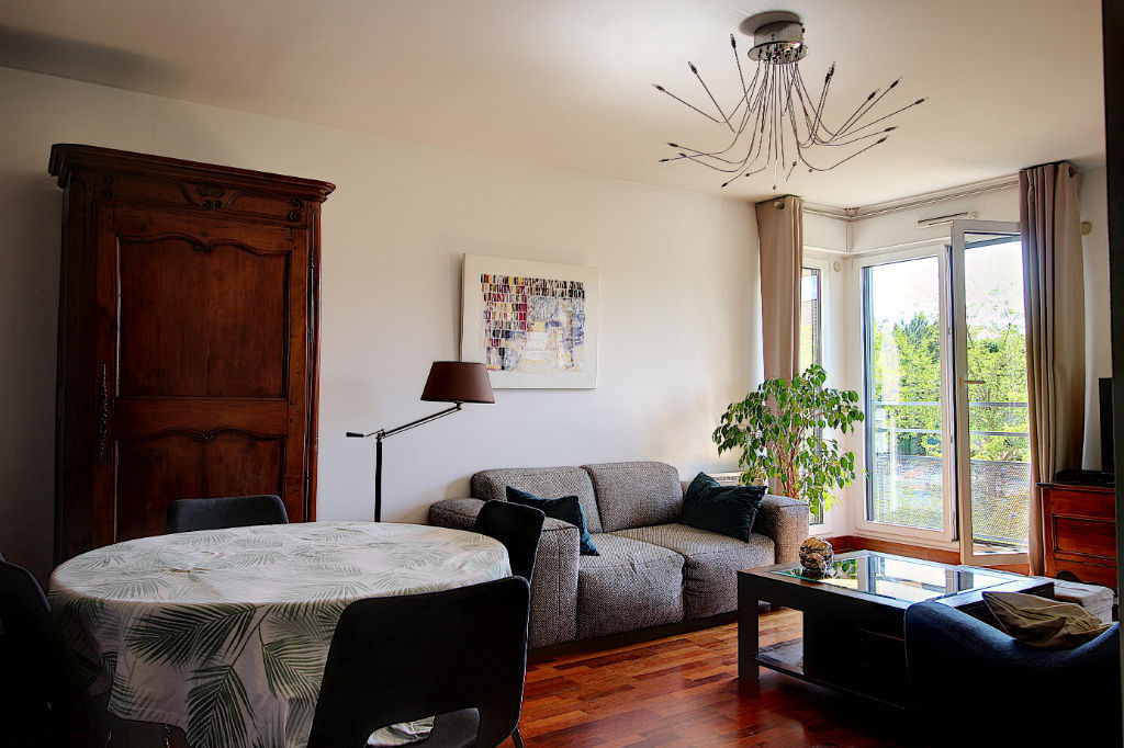 photos n°1 Appartement Rueil Malmaison 3 pièce(s) 69.2 m2
