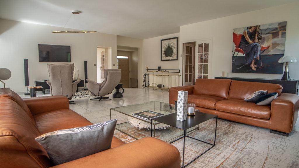 Maison La Celle-saint-cloud 6 pièce(s) 162 m2