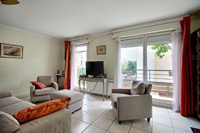 Appartement Bourg La Reine 4 pieces 100 m2