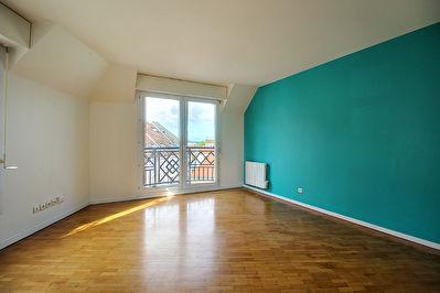 Appartement Rueil Malmaison 4 pieces 84 m2