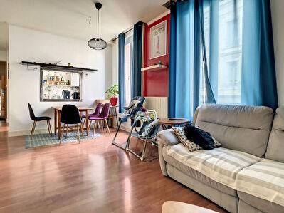 Appartement Saint Etienne centre ville 3 pieces 79 m2+ une terrasse de 27m environ