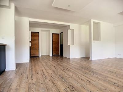 Saint Etienne Terrenoire/Perrotiere T3 70 m2 + jardin non attenant