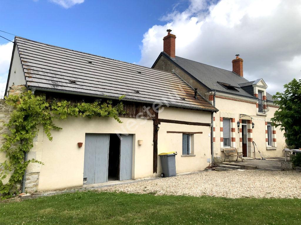 Maison de campagne entre POULAINES et VALENCAY sur 5482 m² de terrain.