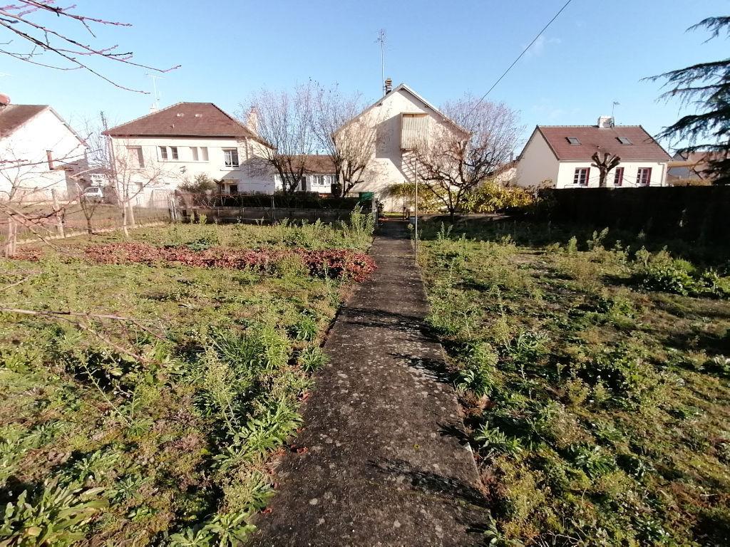 MAISON 4 CHAMBRES EN PLEIN CENTRE DE VALENCAY (INDRE 36)