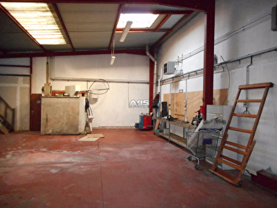 Entrepot / local industriel Gisors 142 m2