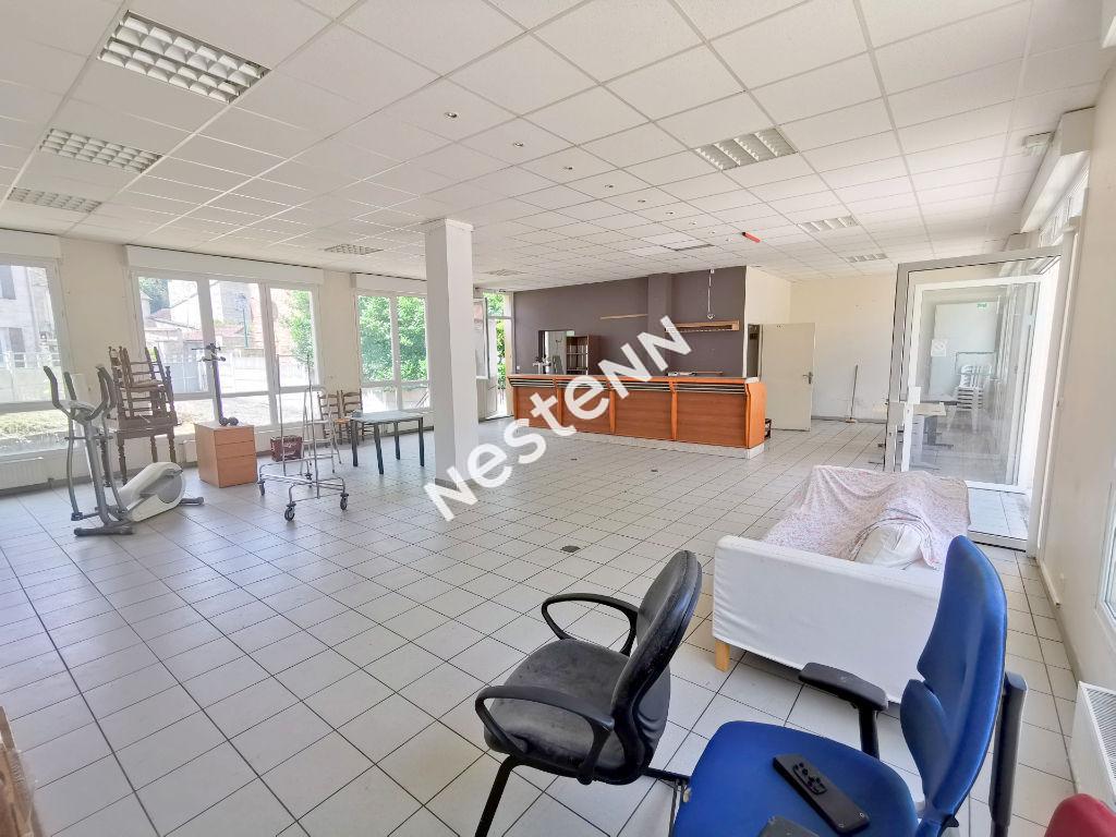 Immeuble Chars 10 pièce(s) 340 m2