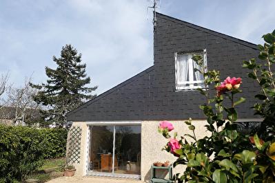 ARRADON Maison centre bourg, entre Vannes et le Golfe du Morbihan