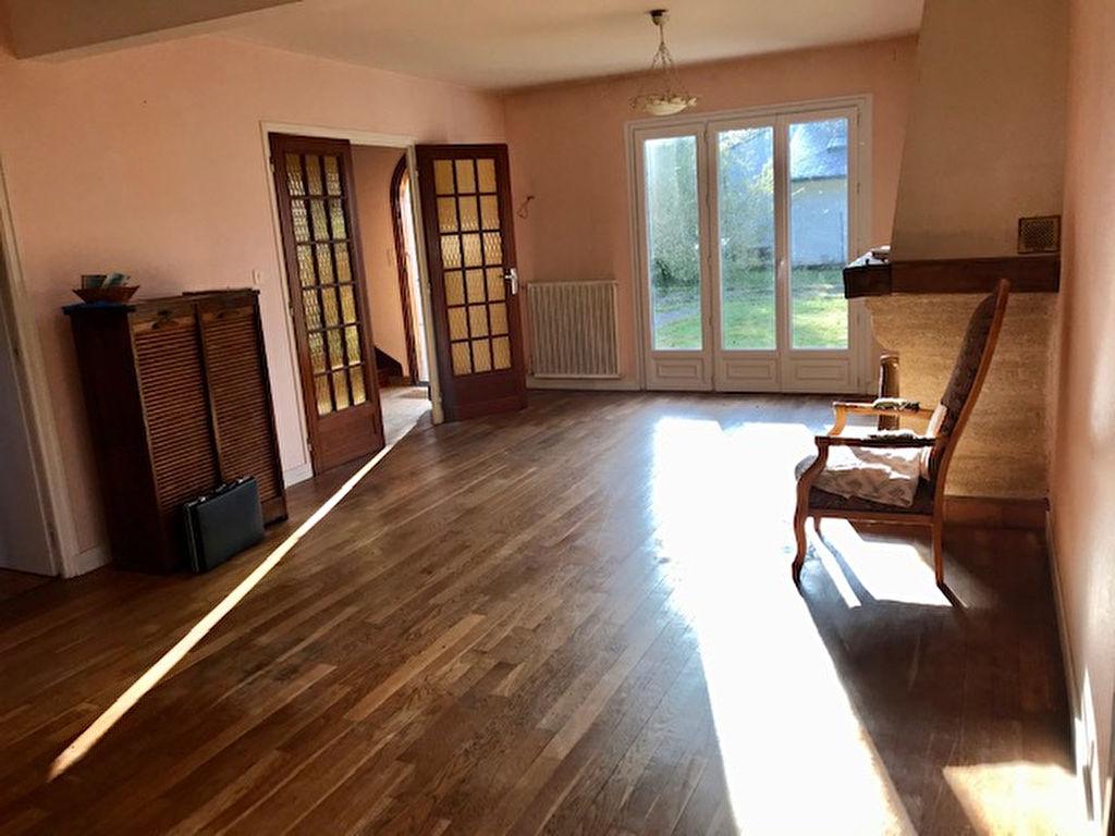 Maison 125 m² avec 1000 m² de terrain à Séné limite Vannes