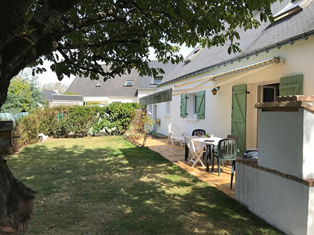 Maison de 135 m² avec 4 chambres vie de plain pied, au calme et à proximité du port à pied VANNES