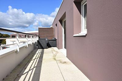 Appartement T2 Plescop bourg - garage - terrasse sud - ascenseur