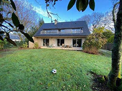 Maison familiale de 180 m2 avec 5 chambres a Arradon