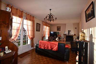 Maison Vannes 4 chambres - sous-sol - commerces - ecoles - bus