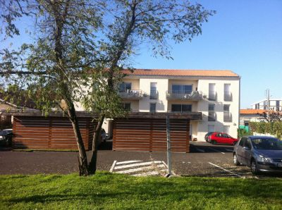 Appartement Begles 2 chambres Terrasse Parking