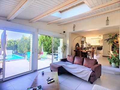 Maison avec piscine 130 m2 habitables 5 pieces La Rochelle / Rossignolette
