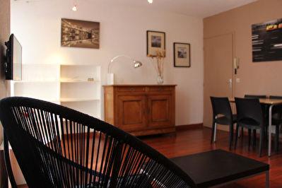 Appartement meuble de 3 pieces Centre Ville de La Rochelle