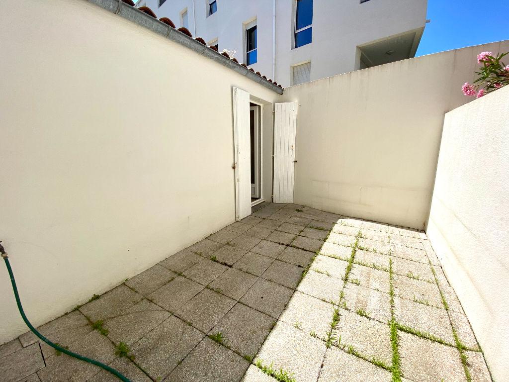 Centre ville de La Rochelle - Studio de 21m² avec place de parking